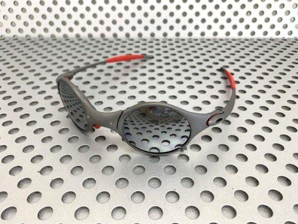 Photo2: MARS - Liquid Metal