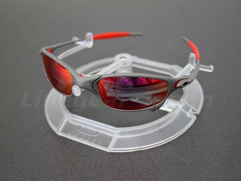 9d156ca33a 5c71e 297a4  best price oakley clear sunglass display stand 1 tier dsc 1  19319 50c51
